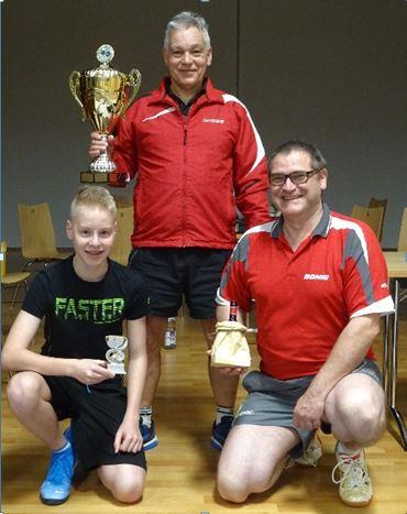 Tischtennis Vereinsmeisterschaften 2019 Frieder Roll gewinnt Vereinsmeister-Titel im Einzel, Martin Renn & Julian Gobs das Doppel